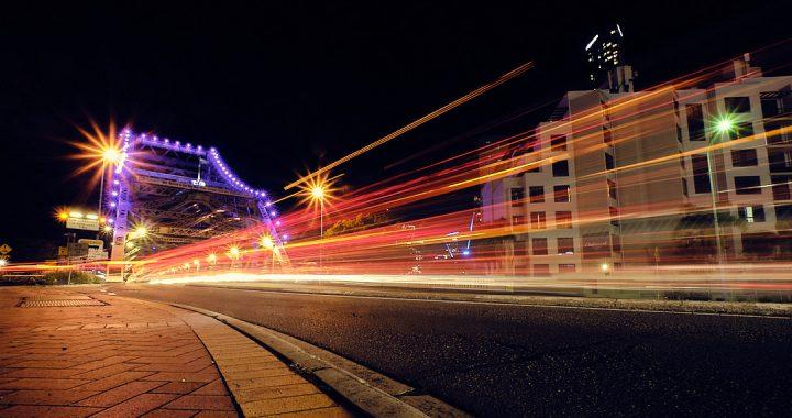 Light trails, Story Bridge
